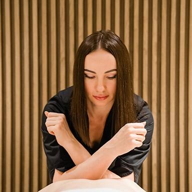 Swedish Massage with Organic Oil